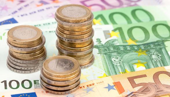 Münzen und Geldscheine © Eyetronic, stock.adobe.com