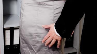 Sexuelle Belästigung am Arbeitsplatz! © Gina Sanders, fotolia.com