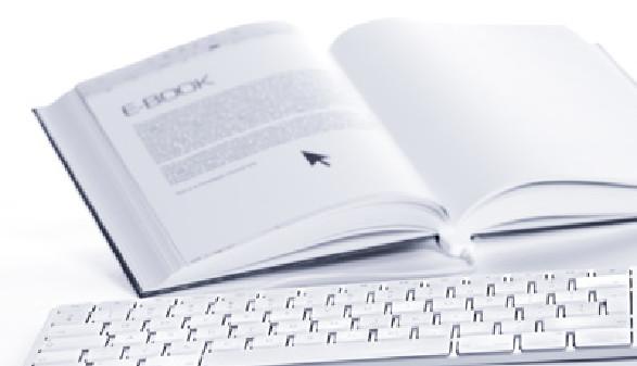 e_book und tastatur © Lichtmeister, Fotolia.com