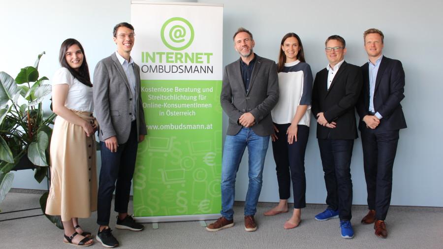 Team OIAT und Internet Ombudsmann © Frederica Summereder, ÖIAT