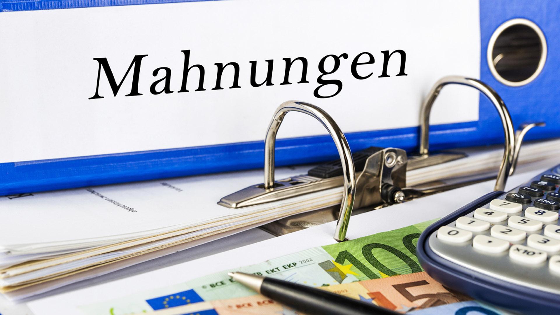 Mahngebühren Ak Zieht Kostenbremse Arbeiterkammer Oberösterreich